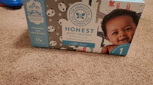 Honest diapers size 1 for Sale in Suffolk, VA