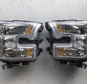 2015-2017 Ford F-150 - Driver and Passenger Side Halogen Headlight for Sale in Orlando, FL