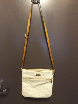 Michael Kors handbag and Perfume set for Sale in Mesa, AZ