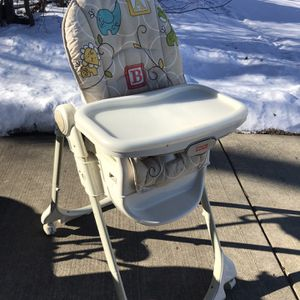 Fisher Price 4-1 High Chair for Sale in Schaumburg, IL