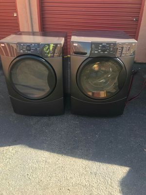 Kenmore washer and electric dryer for Sale in Hayward, CA