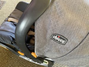Car seat make me offer for Sale in Tinley Park, IL