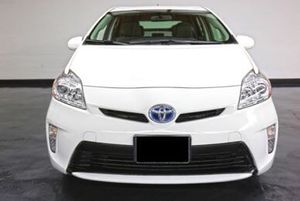 2015 Toyota Prius Two - Blizzard Pearl for Sale in Newport Beach, CA