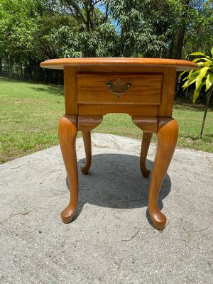 Side/End Table for Sale in Miami, FL