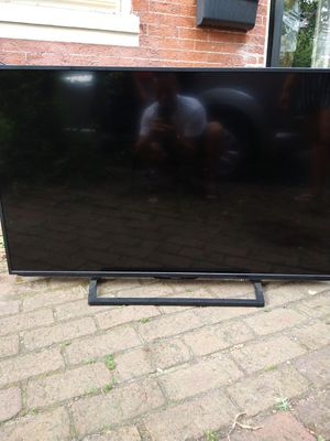 "52"" Insignia t.v for Sale in Lancaster, PA"
