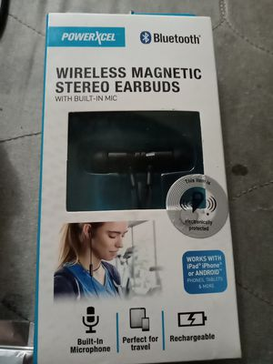 Wireless Magnetic Stereo Earbuds with built in mic for Sale in Phoenix, AZ