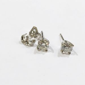 14K White Gold Unisex Pair Stud Earrings with approx. 0.66cttw Diamonds **Great Buy** I-2534 for Sale in Tampa, FL