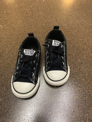 Toddlers size 8 converse shoes for Sale in San Antonio, TX