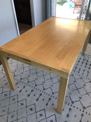 Dining table with extension for Sale in Escondido, CA