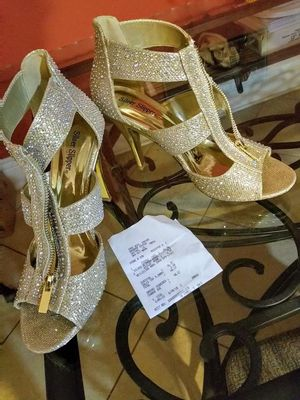 Metallic Gold Silvery Sparkly zippered 4inch Heels for Sale in New Orleans, LA