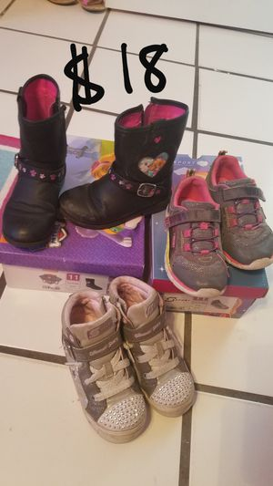 3 pair of shoes for toddler girl size 11 for Sale in Cape Coral, FL