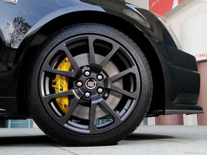 Cadillac CTS V 19in STOCK rims and tires set for Sale in Clinton, MD