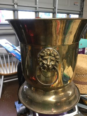 Brass plant holder for Sale in Kissimmee, FL