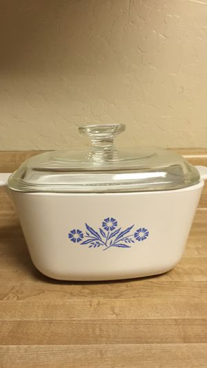CorningWare Casserole Dish With Clear Glass Lid for Sale in San Francisco, CA