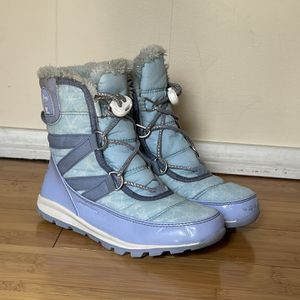 Disney Snow Boots Size 1 for Sale in Gardena, CA