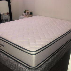 Queen Bed Mattress for Sale in Bakersfield, CA