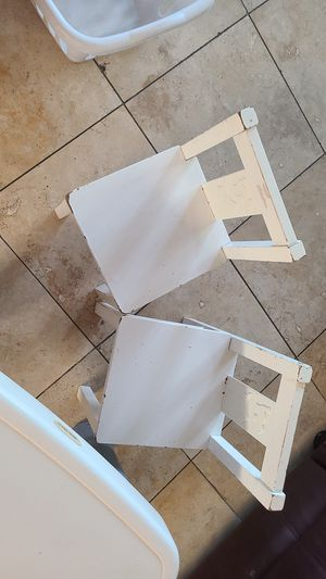 Table and 2 chair kids $$35 for Sale in Phoenix, AZ