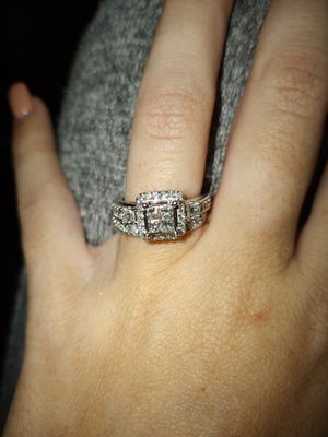 Wedding ring set for Sale in Edgewood, FL
