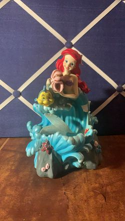 The little mermaid music box for Sale in San Angelo,  TX