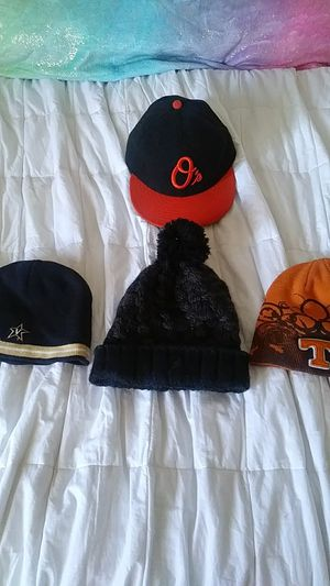 Beanies and fitted new erra baltamore hats for Sale in Nashville, TN