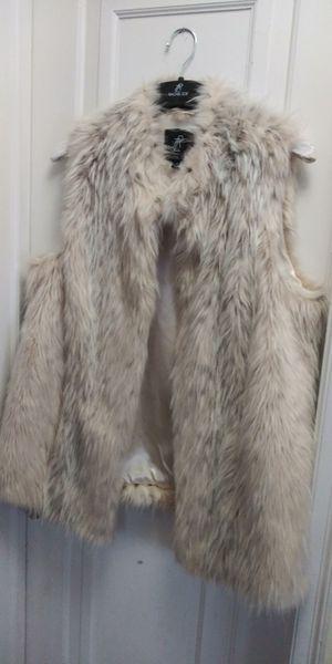 Rachel Zoe faux fur vests for Sale in Saint Francis, WI