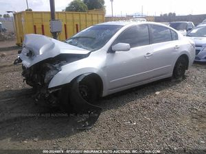 2011 Nissan Altima for parts for Sale in Laveen Village, AZ