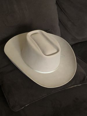 Cowboy hat for Sale in Fresno, CA