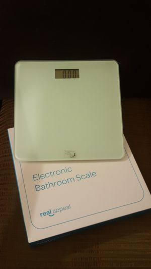 Electronic bathroom scale for Sale in Yucaipa, CA