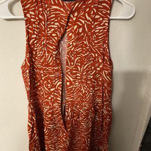 Women's Size L Dress for Sale in Mustang, OK
