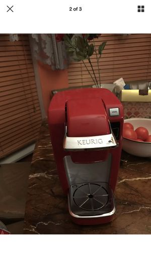 Keurig K10 Mini plus Coffee Maker Brewing System Red for Sale in Lisle, IL