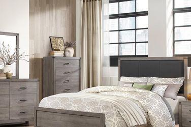 4pc. queen Bed Set for Sale in Altadena,  CA