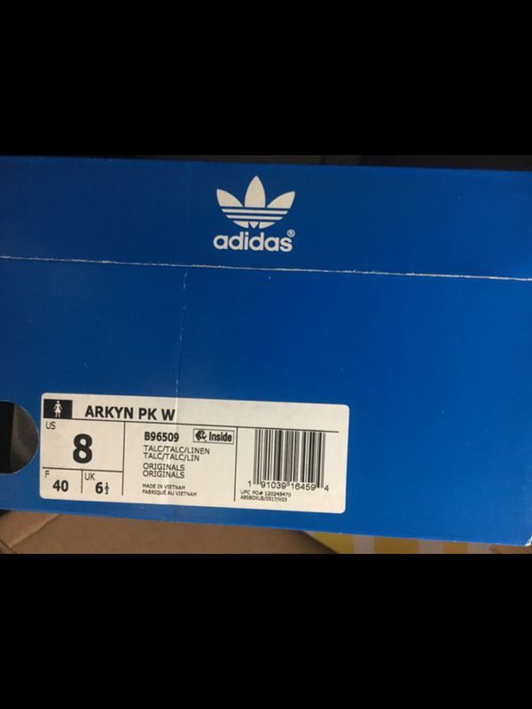 new york 06422 4ee32 Adidas Arkyn size 8 for Sale in Garden Grove, CA - OfferUp