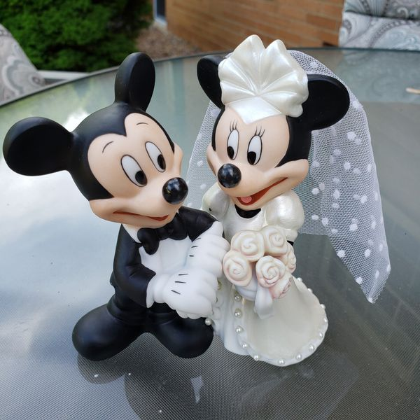 Disney Mickey Wedding figurine