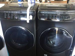 Samsung flex washer and gas dryer for Sale in San Luis Obispo, CA