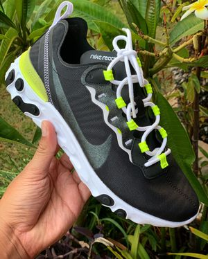 Nike Woman's React Element 55 SE for Sale in Bellflower, CA