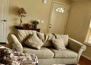 Lazy boy sofa for Sale in Vancouver, WA