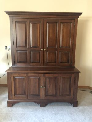 TV, Game and Entertainment Center for Sale in Sunriver, OR