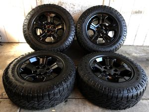 "18"" Chevy Tahoe Suburban Silverado z71 MIDNIGHT EDITION Wheels Rims Tires 265/65/18 for Sale in Santa Ana, CA"