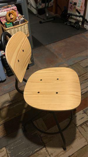 Desk Chair for Sale in Kearny, NJ
