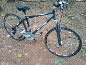 Schwinn Pathway Hybrid 700c Bicycle for Sale in Chapel Hill, NC