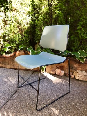Set of 4 Stackable Green Chairs for Sale in Bend, OR