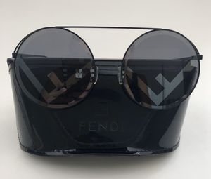 Fendi sunglasses for Sale in Temecula, CA