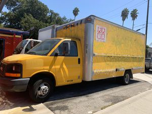 2008 GMC box truck for Sale in Rosemead, CA