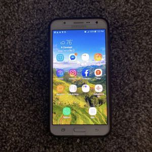 T-Mobile Samsung Galaxy J7 (8.5) - with cover and screen protector for Sale in Cleveland, OH