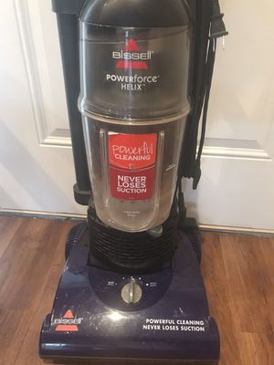 Bissell Helix Vacuum for Sale in Eagle Lake, FL