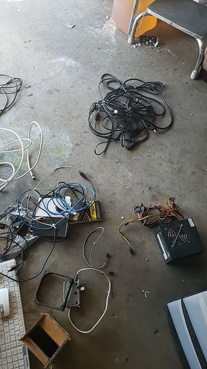 Cords,cables and computer stuff for Sale in Lemon Grove, CA