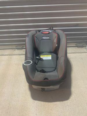Graco go as you grow car seat for Sale in Mesa, AZ