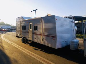 2001 Toy hauler 30ft for Sale in Corona, CA