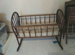 Vintage boll or baby bed for Sale in Eolia, MO