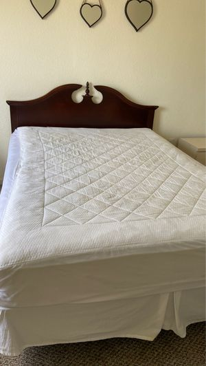 Queen bed frame with mattress for Sale in Oldsmar, FL